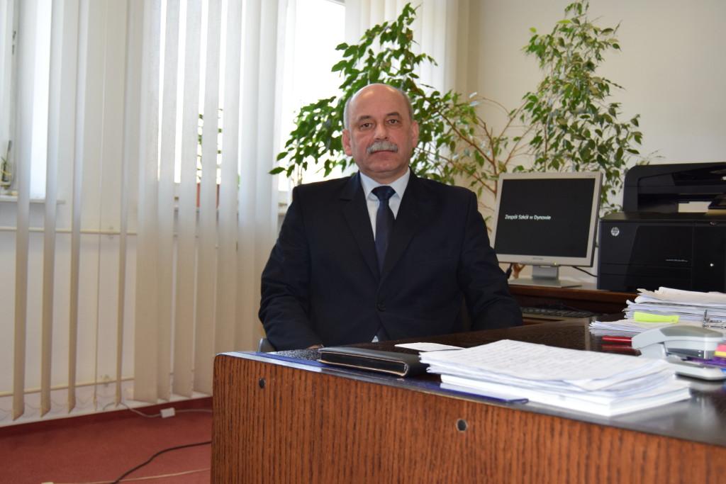 dyrektor mgr Tadeusz Święs