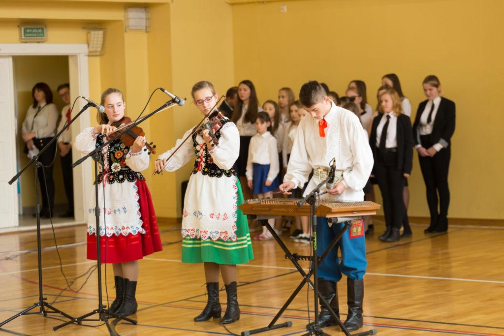 Ludowe melodie - B. Marszałek, B. Sowa, M. Grzegorzak op. p. Andrzej Sowa
