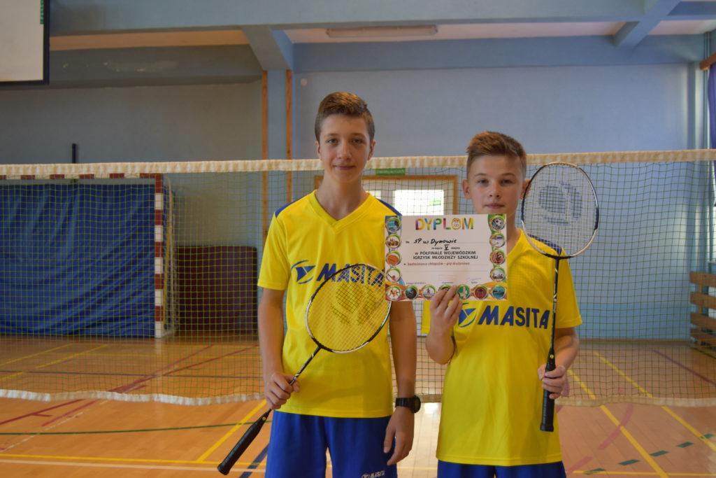 V miejsce w półfinale wojewódzkim w badmintonie drużynowym